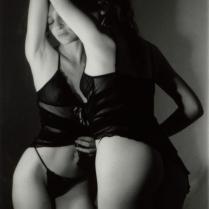 femme_miroir_beaute_corps_sensualite